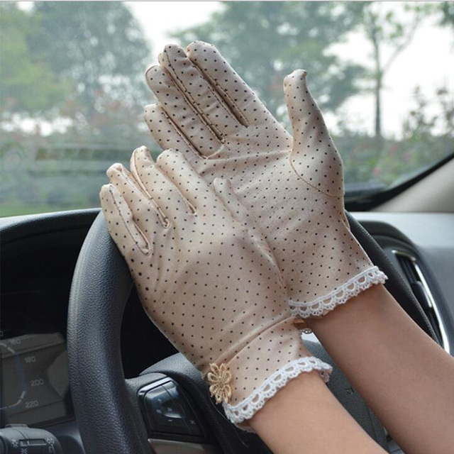 Women's Fashion Cotton Summer Gloves Lace Patchwork Gloves Anti-skid Sun Protection Driving Short Thin Gloves Dot Women Gloves 1