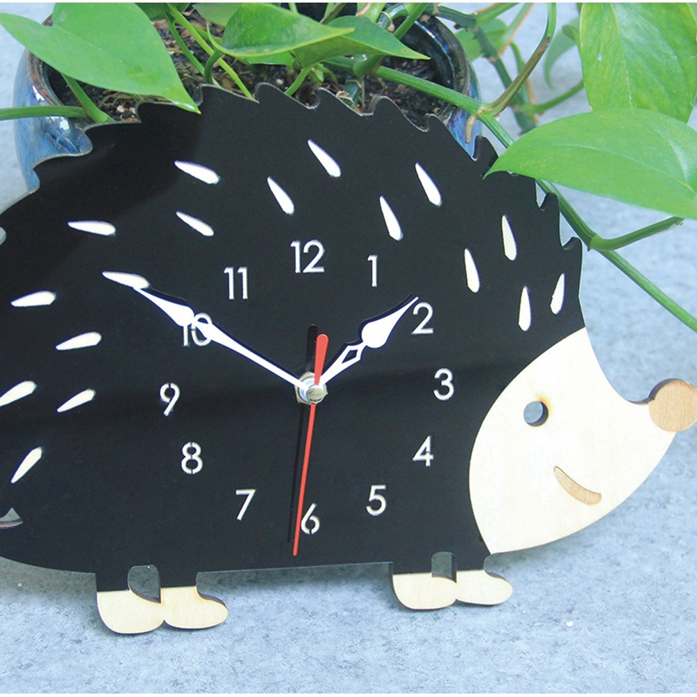 Fashion Creative Hedgehog Wall Clock Animal Clock Living Room Bedroom Decorative Clock Hanging Wall Clock Home Supplies