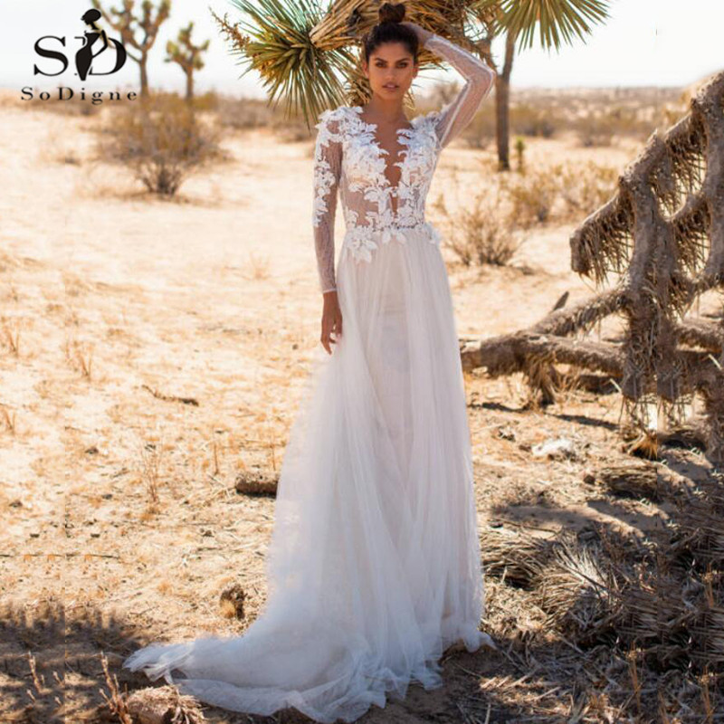 Sexy Boho Lace Beach Wedding Dresses Illusion Long Sleeves Deep V Neck Applique Bohemian Tulle Backless Country Bridal Gown
