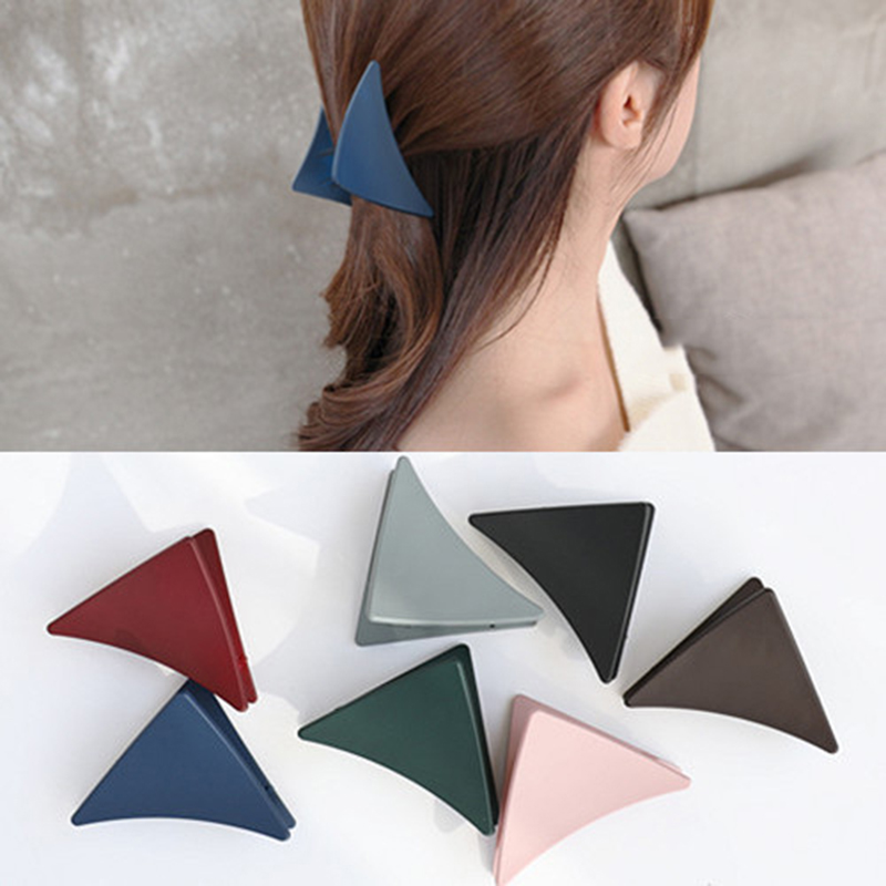 1PC Solid Color Scrub Triangle Hair Claws Acrylic Hair Clips Barrette Crab Clamp Scrub Hairpins Claw Headwear Hair Accessories