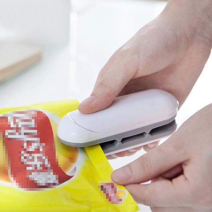Mini Portable Handy Package Sealing Machines For Plastic Snacks Bags Heat Sealer Vacuum Resealer Kitchen Storage New Arrival