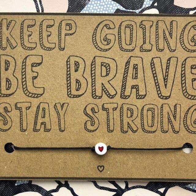 Andare avanti Essere Coraggioso Desiderio Braccialetto Carino Cuore Rosso Braccialetto di Salute Mentale Awareness Regalo per le Donne Degli Uomini di Amicizia di Incentivazione Regalo