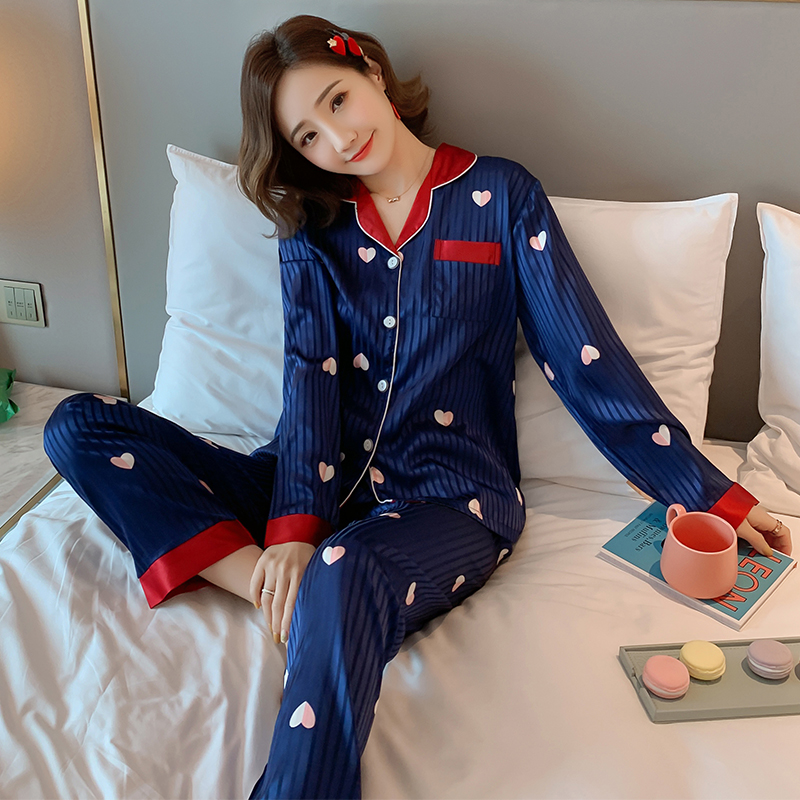 Party Pajamas 2019 Autumn New Women's Silk Long Sleeve Pajamas Set Loose Print Christmas Women Sleepwear Set Elastic Long Pants