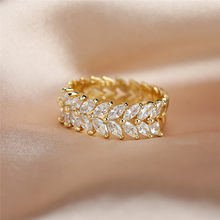 Luxury Female White Leaf Crystal Jewelry Rose Gold Silver Color Engagement Ring Charm Bride Zircon Wedding Band Rings For Women