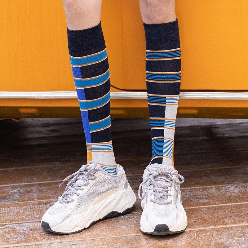 Printed Women Long Fashion Socks 2019 Autumn New Fashion Happy Wild Trend Cotton Breathable Deodorant Cartoon Socks Women