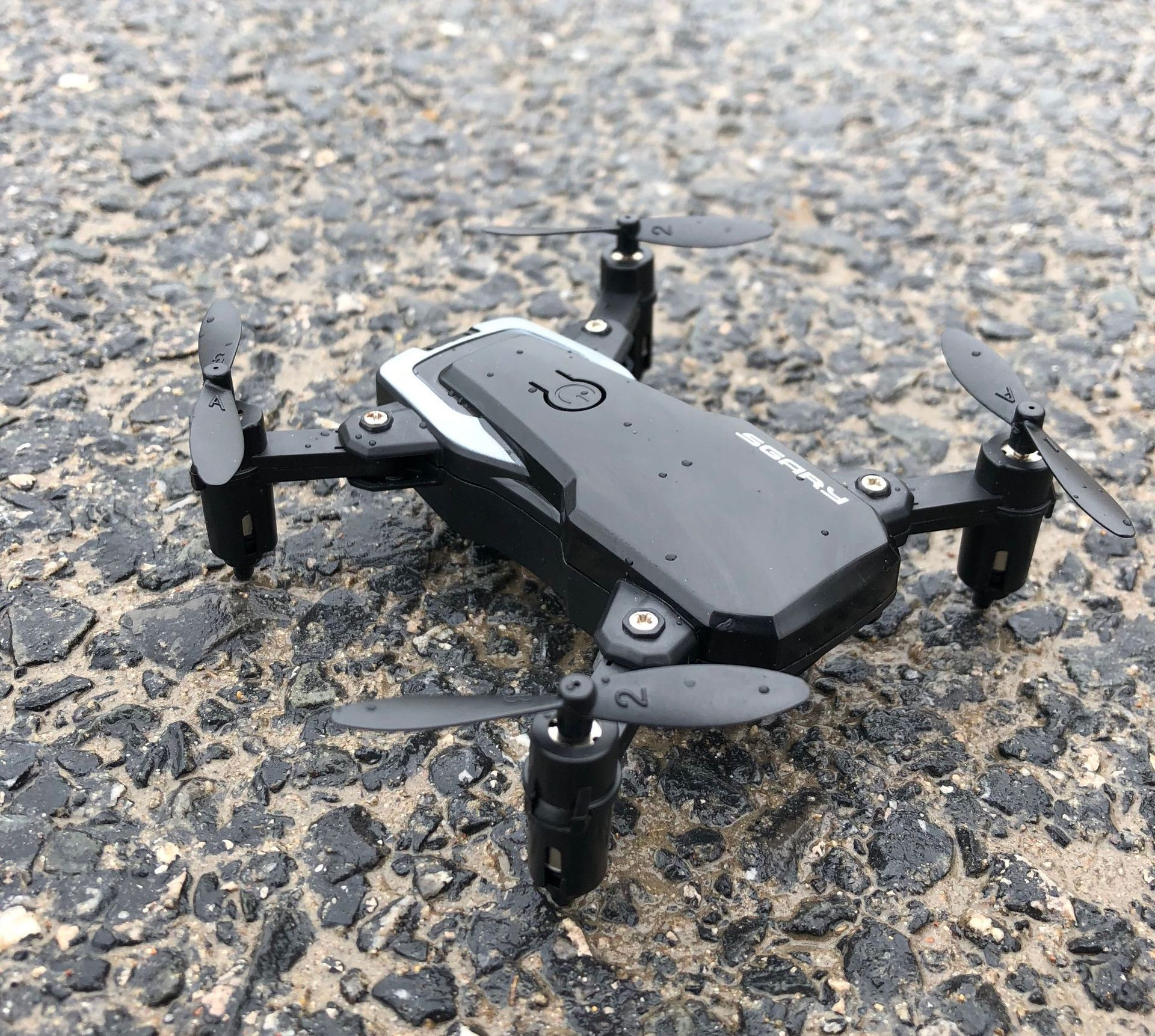 Hot Selling Mini Folding Unmanned Aerial Vehicle Four-axis Aircraft For Areal Photography High-definition Aerial Photography Pro