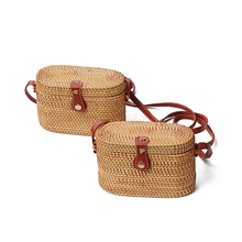 oval hollow Retro Style Straw Handbags Women Rattan handbag Shoulder Bags Handmade Woven Bohemia Crossbody bag New Fashion