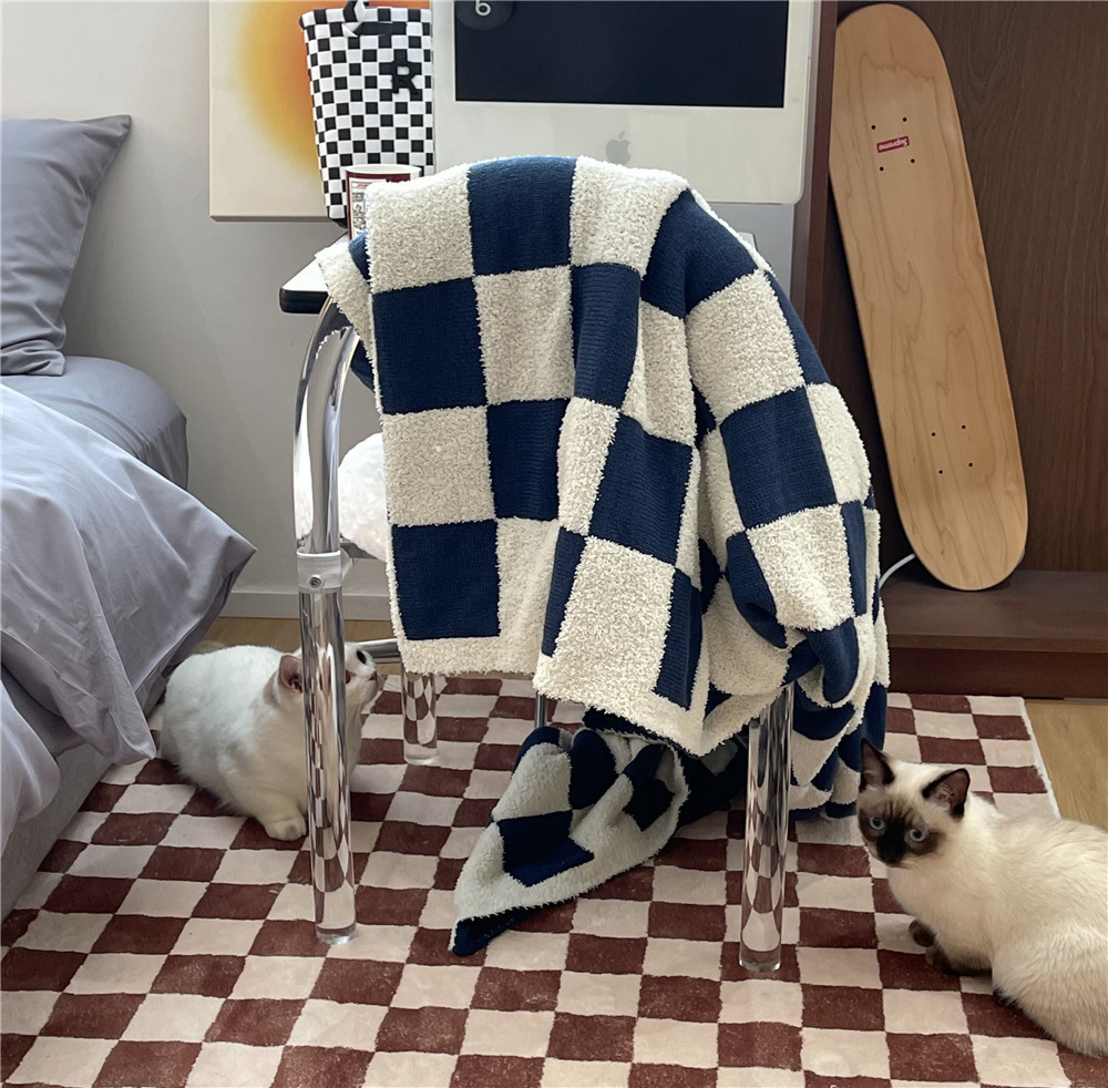 Autumn And Winter Checkerboard Checkerboard Plaid Knitted Blanket Sofa Decoration Leisure Nap Blanket Warm Blanket