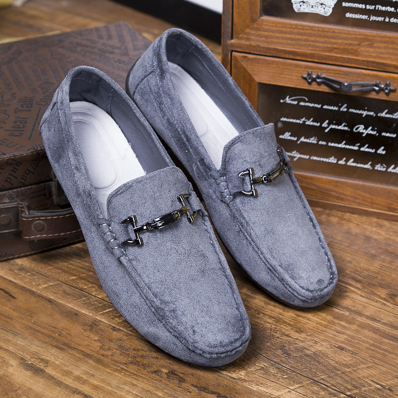 Fashion Sneakers Luxury Men Comfortable Spiked Loafers Men Fashionable Driving Shoes Black Gray Mens Moccasin Shoes Causal