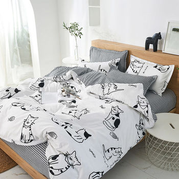 Bedding Set White And Black Cat And Fish
