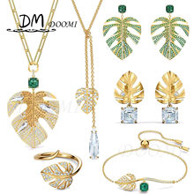 Fashion Jewelry High Quality SWA New Tropical Leaf Golden Retro Midsummer Leaf Girl Charming Sweater Necklace Romantic Gift