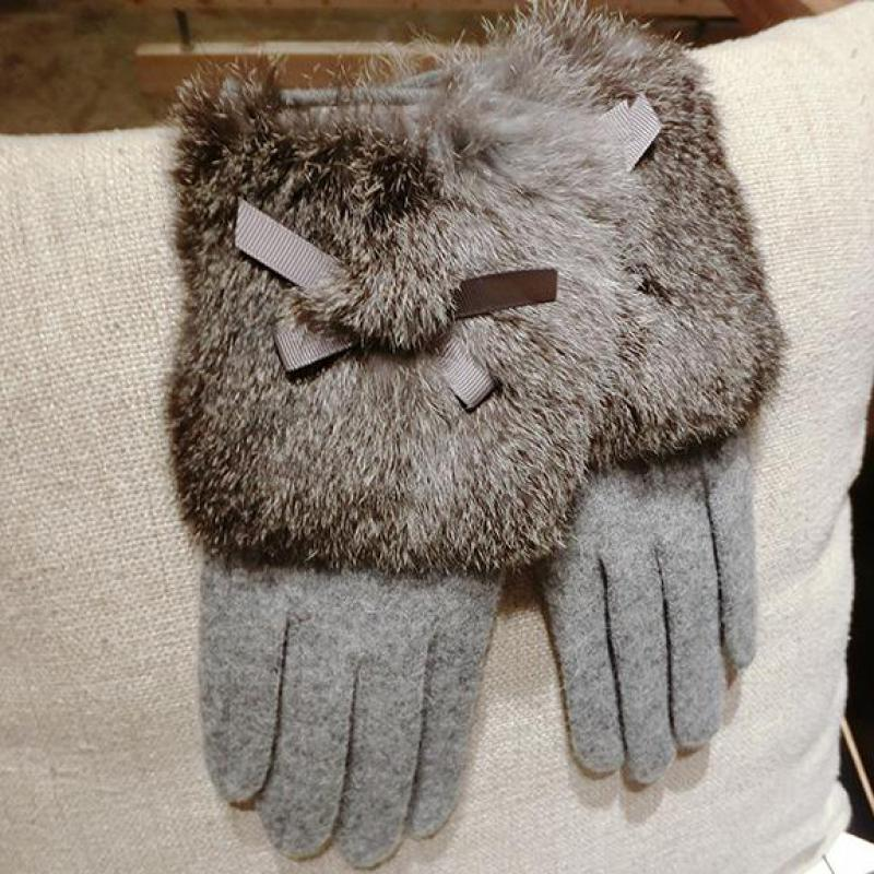 Ladies Cashmere Rabbit Fur Gloves Winter Touch Screen Gloves Women Warm Wrist Mittens Girls Fashion Gloves With Bow Knot AGB033