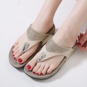 Image 5 - BEYARNE  hot sell women summer Comfortable Breathable Flat sandals shoes woman flip flop Crystal casual beach sandals size