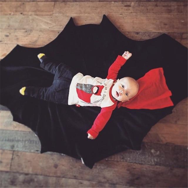 Alfombra de actividad temprana para recién nacidos, alfombra para niños con forma de Batman, puzle para gatear, alfombra para suelo con forma de murciélago para bebés, decoración de habitación de bebé para niños
