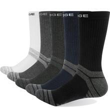 Yuedge marca masculina de alta qualidade algodão respirável almofada casual esportes caminhadas runing tripulação vestido meias (5 pares/pacote)