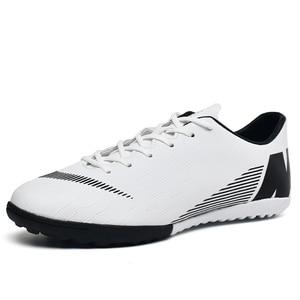 Image 2 - Fußball Schuhe Gebrochen Nägel Atmungsaktive Lace Up Tragen Dämpfung Nicht slip Low Mode Bequemen männer turnschuhe