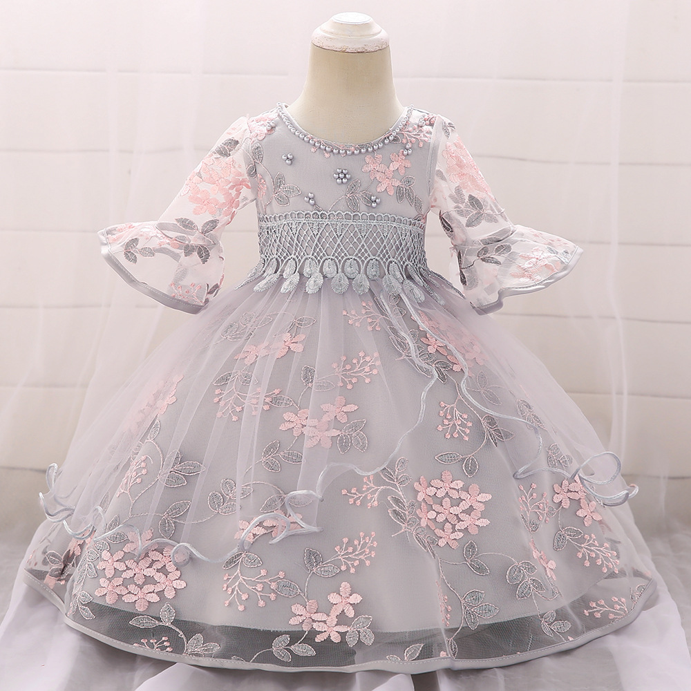 2019 New Style Infant BABY'S FIRST Month Formal Dress Baby A Year Of Age Embroidered Half-sleeve Shirt Princess Puffy Dress GIRL