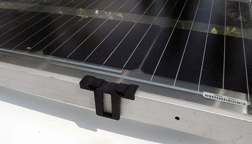 50 Pcs Photovoltaic panels' water drained away clip ,Auto Remove Stagnant Water & Dust,for Solar Panel Frame Thickness 35mm