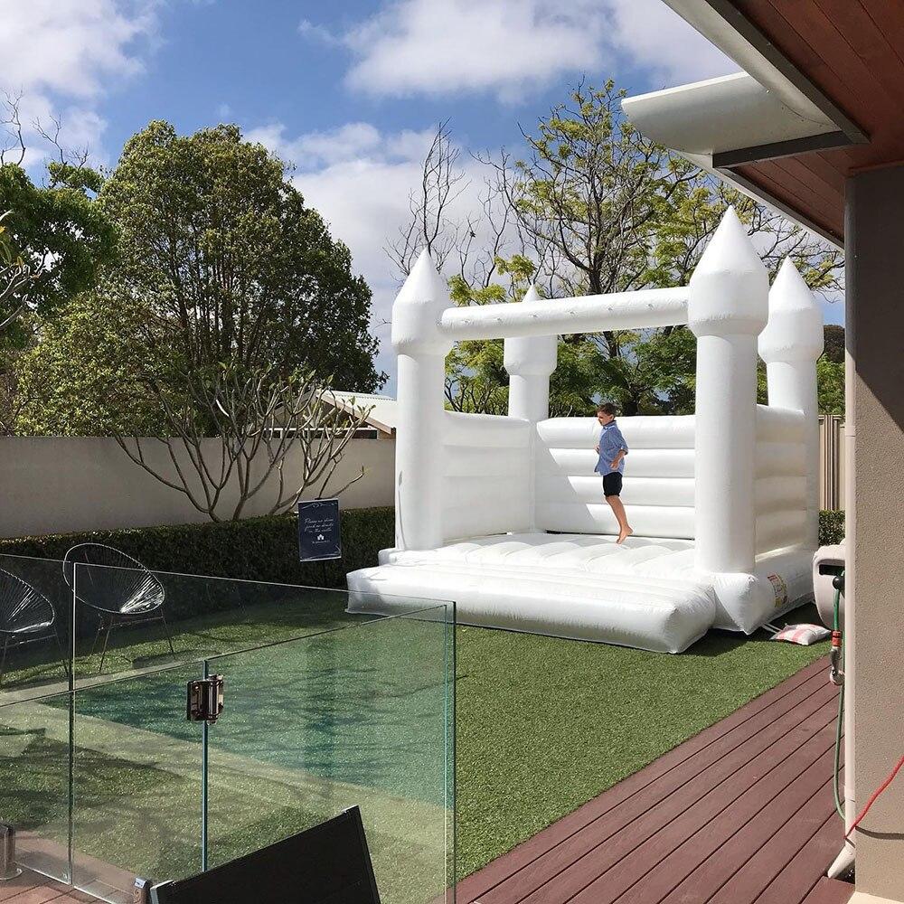 Castelo bouncy bouncy do salto do castelo