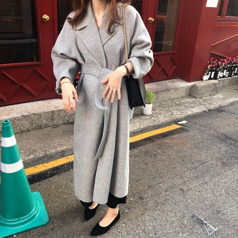 H18a6bab97dd24814a40f82bd1ed486bfV Winter Fashion Coats Women Wool-blend Coat Lazy Oaf Long Chunky Warm Coat Western Style Fitted Waist Lace-up  Loose Coat