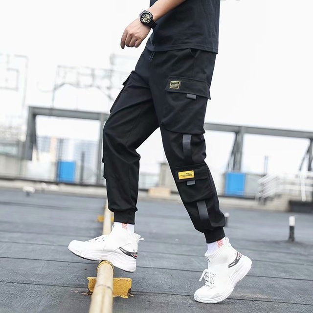 Pantalones Cargo de harén con bolsillos laterales para hombre, pantalón negro de Hip-Hop, informal, a la moda, ropa de calle, 2020 cintas 1
