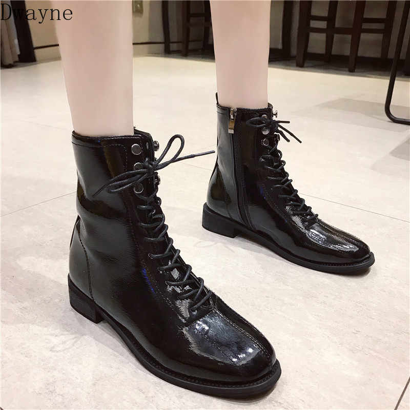 Square head retro Martin boots female British wind 2019 autumn and winter new wild short tube thick with locomotive short boots