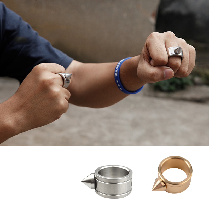 Outdoor EDC Zinc Alloy Self-Defense Necklace Ring Broke Window Anti-wolf Protective Equipment Tools Punk Rings Brass Knuckles
