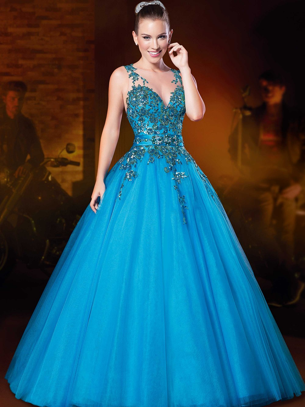 Ball Gown Kleider Gala Jurken See Through Back Lace Appliqued Vestidos De Noche Long Elegant Prom Mother Of The Bride Dress