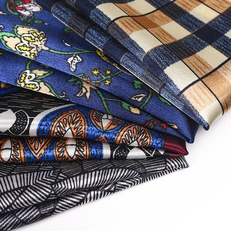 Silk-printed Pocket Scarf European Court Satin Retro Floral Men's Square Handkerchief Suit Pocket Scarf