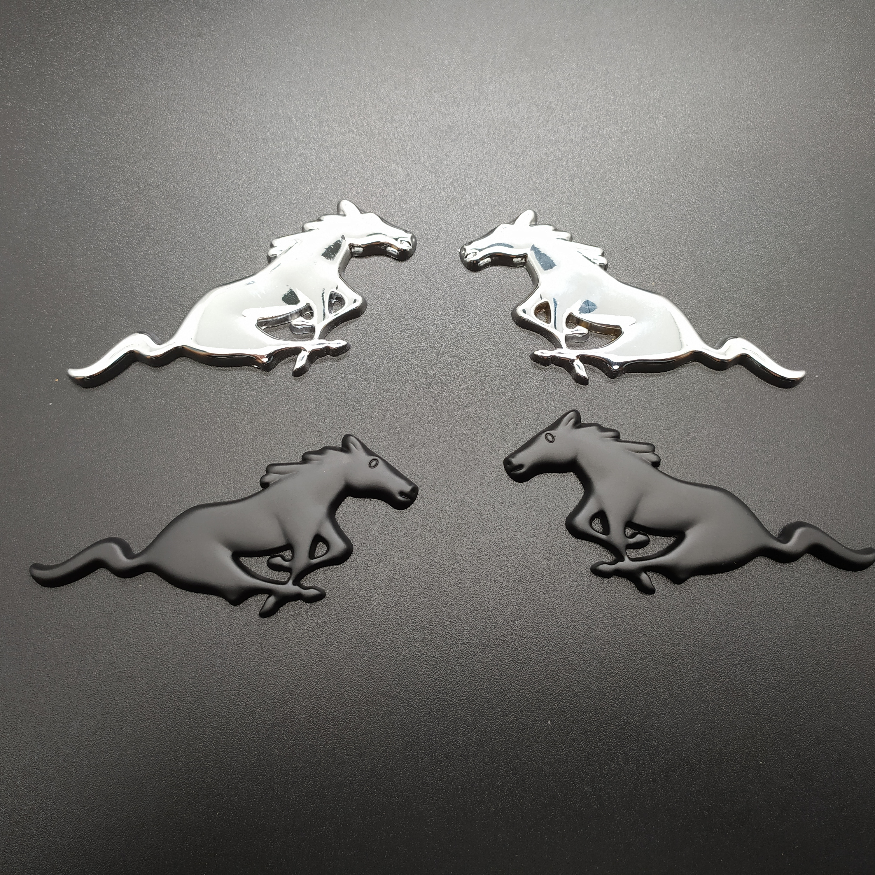 2PCS 3D Chrome Metal Running Horse Sticker Emblem Badge For Ford Mustang Shelby GT Rear Trunk Decor Car Styling Accessories
