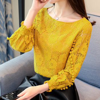 цена на Shirts Women Tops White Lace Blouse 2020 New Korean Flower Print Hollow out Long Sleeve Round Neck Embroidered Shirt blusas 80A
