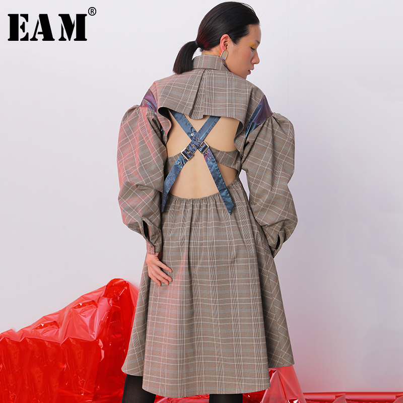 [EAM] Women Plaid Hollow Out Backless Pleated Dress New Lapel Long Sleeve Loose Fit Fashion Tide Spring Autumn 2020 1B743