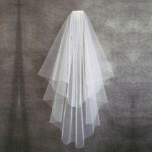 Barato curto véu de casamento com pente borda corte 2 camadas simples véu casamento acessórios 2021