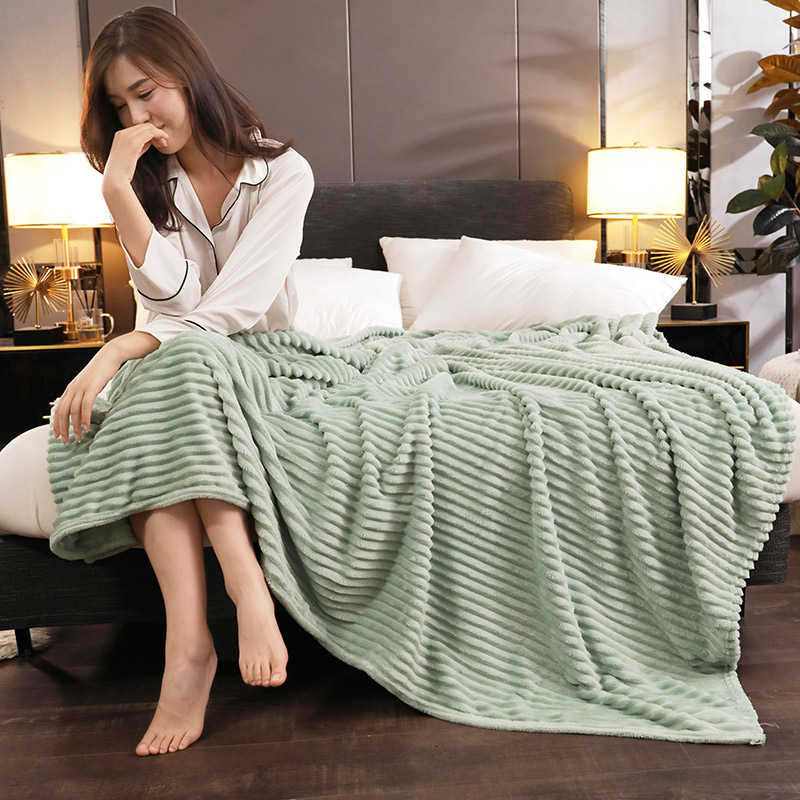 Brand New Solid Color Bed Cover Bedspread For Home Hotel Winter Warm Flannel Throw Blanket Comfortable Soft Sheet Mattress Cover