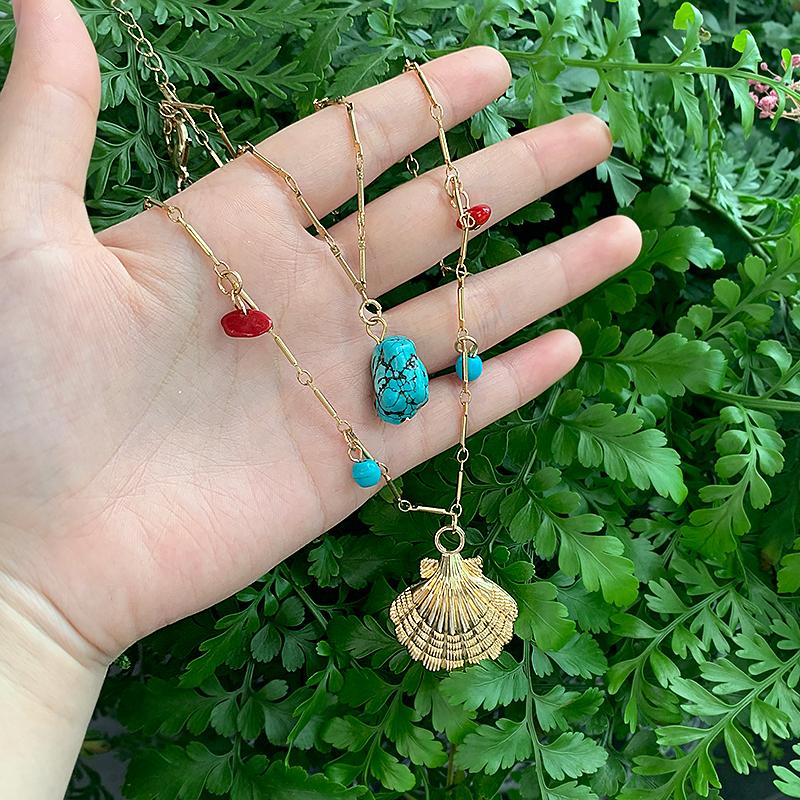 KOMi New Gold Boho Alloy Cowrie Shell Necklace for Women Conch Chain Turquoises Pendant Necklace Jewelry Starfish Collar C10517