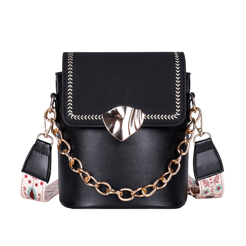 Vintage Chains Bags For Women Fashion Shoulder Bags Small Chain Messenger Crossbody Bags serpentine Leather Crossbody Flap Bag