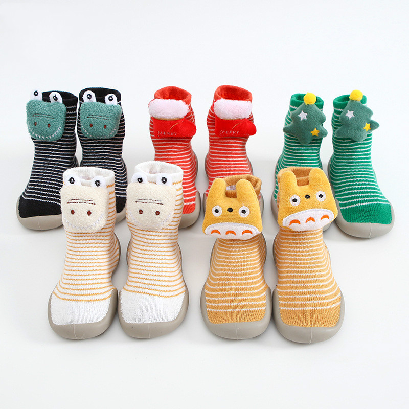 DOGEEK Christmas Baby Toddler Shoes Anti-Slip Baby Socks With Rubber Soles Winter Warm Stockings Cartoon Comfortable Baby Shoes