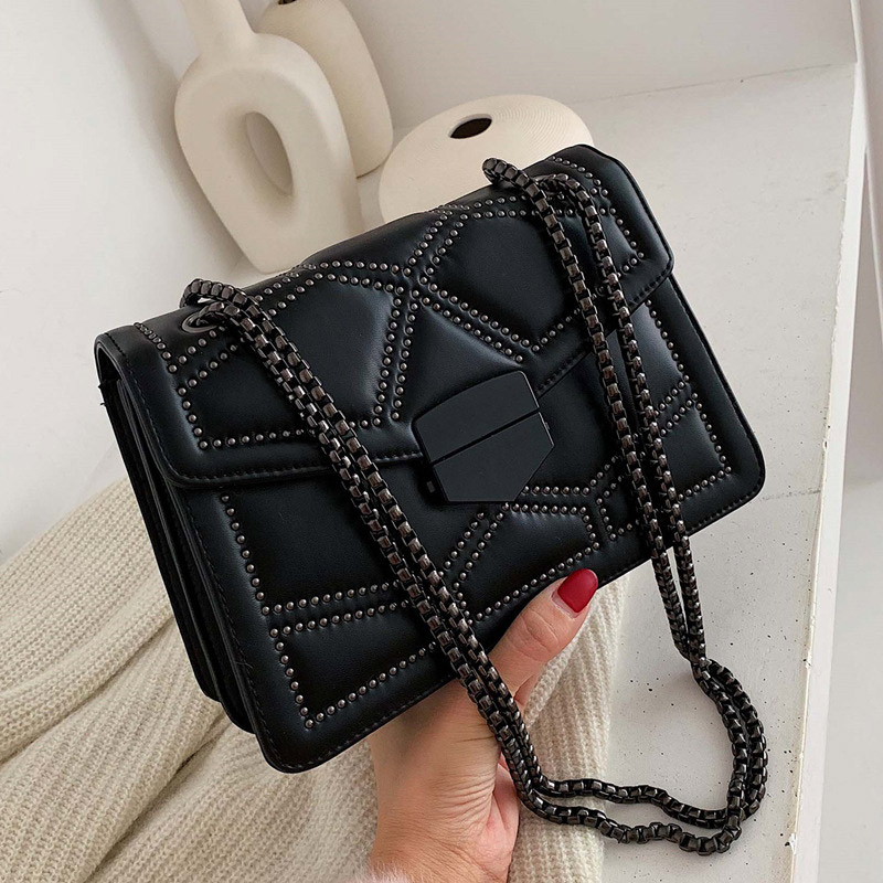 New Women PU Leather Rivet Chain Shoulder Bag Handbags Female Fashion Crossbody Messenger Bags Large Capacity Casual Bag