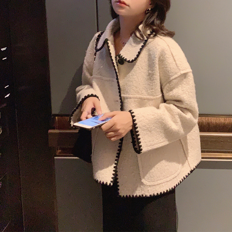 Mishow 2019 Winter Vintage Lady Solid Woolen Jacket Women Fashion Lapel Single Breasted Long Sleeve Thick Coat Tops MX19D9546