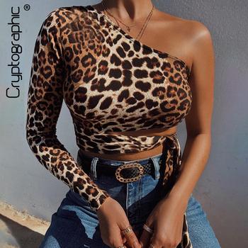 Kryptograficzne Sexy jedno ramię przycięte topy drążą wzór w cętki zasznurować koszulki dla kobiet szczupła moda jesień zima Tees tanie i dobre opinie cryptographic Poliester spandex Pełna REGULAR Suknem Leopard WOMEN Krótki Hollow out High Street Pochylać Kołnierz