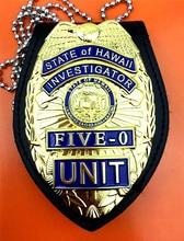 ONS Hawaii Vijf 0 Badge Hawaii 5 o Badge & Ketting Riem Lederen Badge Houder Gift Replica Movie Prop pin Badge Halloween Cosplay