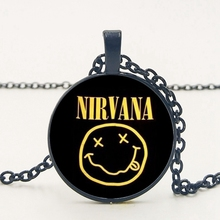 statement/fashion Popular Rock Band Smile Nirvana Crystal Glass Pendant Necklace Jewelry Wholesale