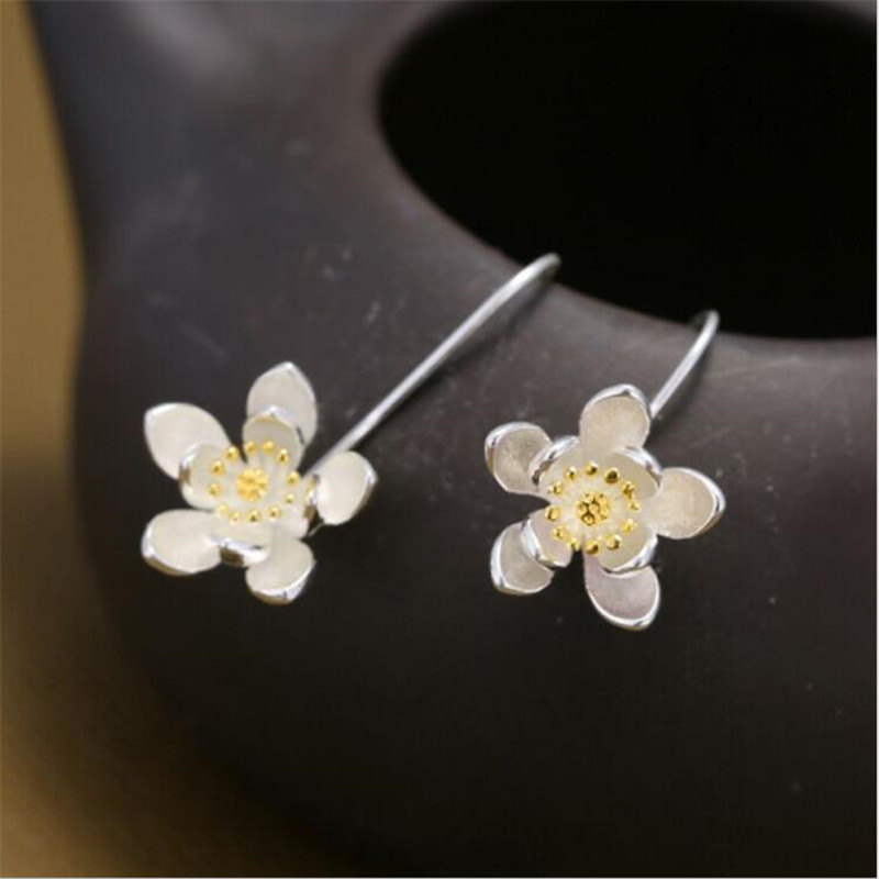 New Fashion Exquisite Flower 925 Sterling Silver Jewelry Ear Hook Personality Temperament Popular Earrings SE154