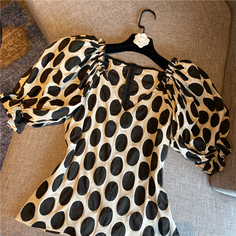 Dot Shirt Woman 2020 Spring and Summer New Cropped Blouse Puff Sleeve V-neck Polka Dot Chiffon Shirt Womens Blouses Tops Blusas