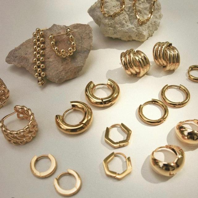 golden geometric earrings 1