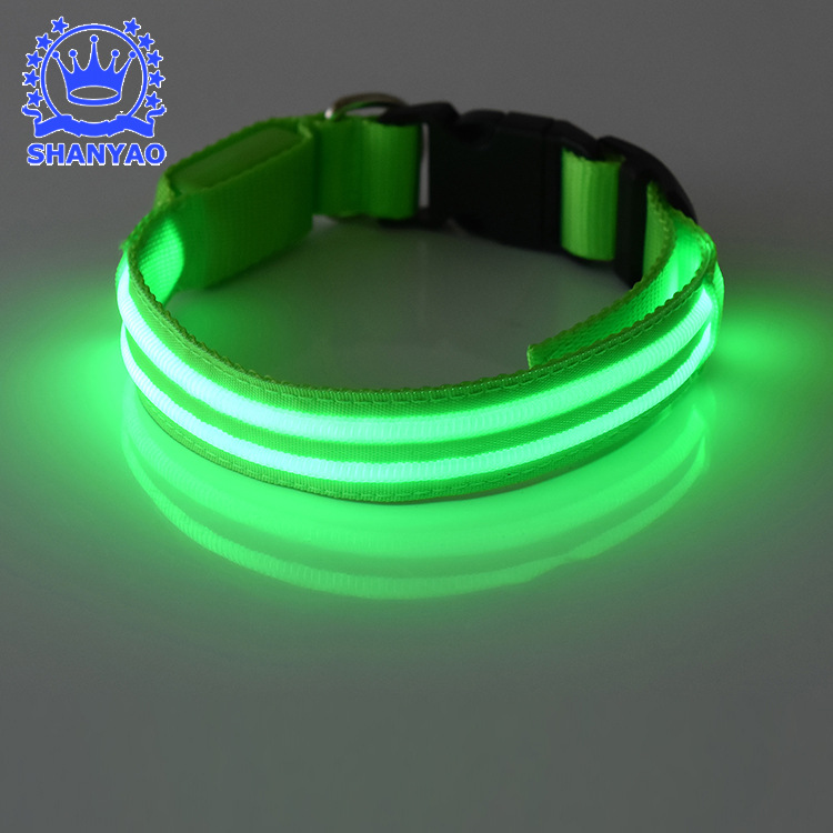 Supply Of Goods Glowing Pet Collar Medium Large Dog LED Luminous Pet Collar Night Light Dog Traction Rope