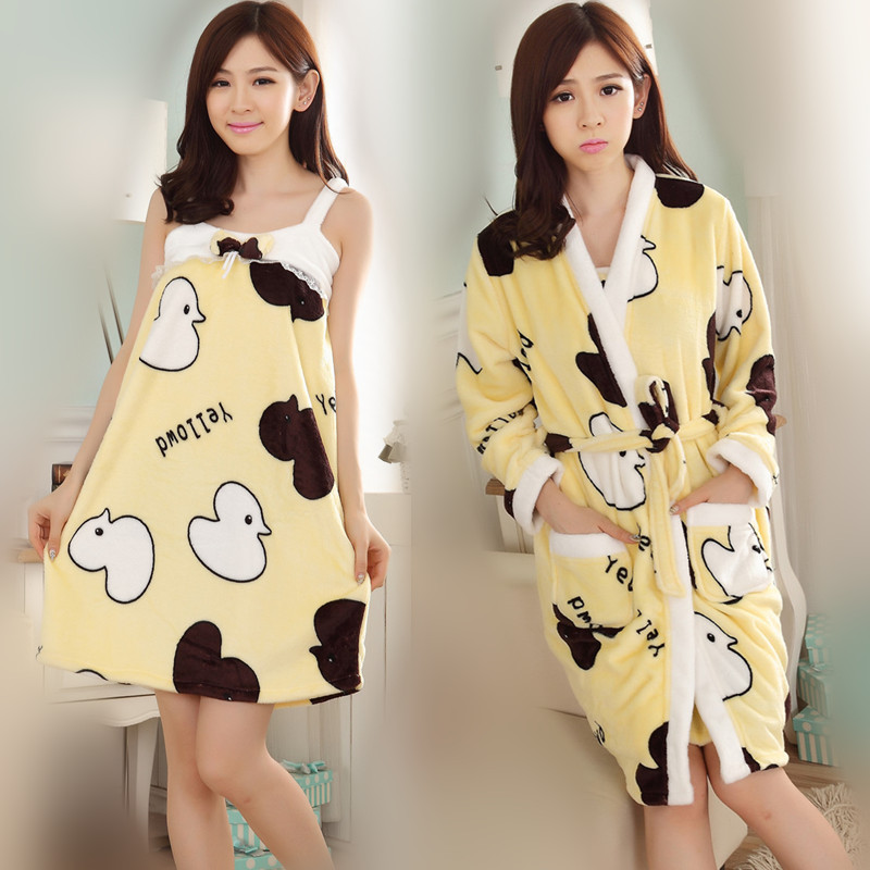 2017 Spring And Autumn Winter And Summer-Season Coral Pajamas Cow Bathrobe Women's Home Wear Thick Flannel Nightgown Two-Piece S
