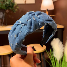 2019 New Fashion Hole Cowboy Jeans Solid Color Knotted Wide