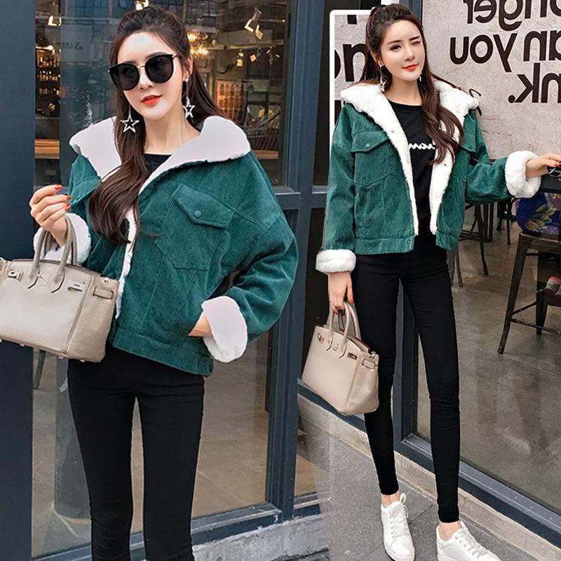 2020 New Winter Warm Fur Jeans Jacket Women Bomber Jacket soft Corduroy Denim Jacket Female Coat