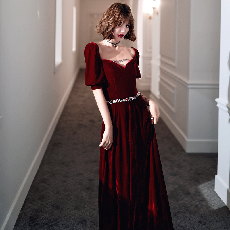 2019 Rushed Time-limited Toast Dress The Bride, 2020 New Autumn High-end Temperament Is Red Simple Atmospheric Velvet Long Gown